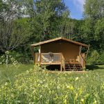 Tente-Safari-in-camping-maisonneuve-dordogne-perigord-noir-france
